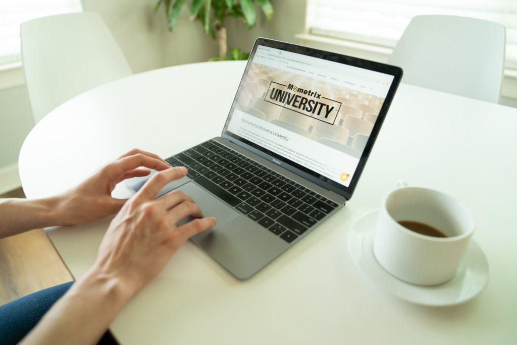 大学のオンライン授業